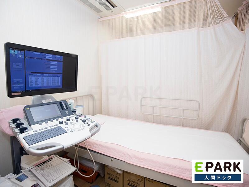 こちらの機器で超音波検査を行います。