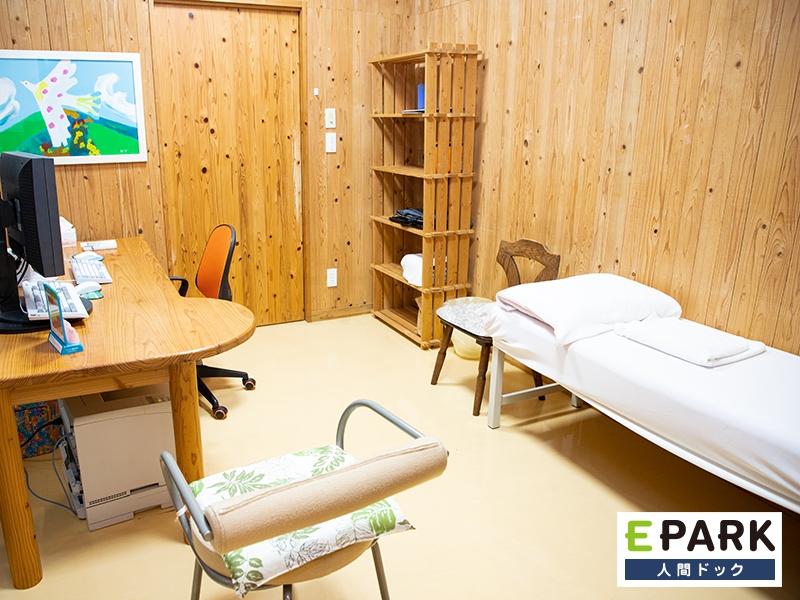 診察室です。検査後、再度来院いただき、じっくりとお話をさせていただきます。