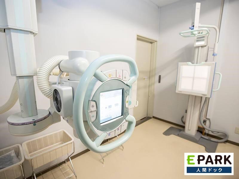 胸部X線検査機器です。