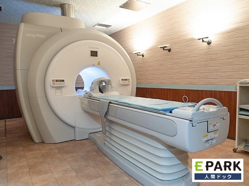法定健診プラス脳卒中検診の「脳ドック」/肺がん検診の「肺がんドック」