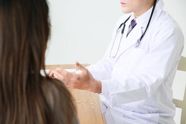 石灰化のすべてが乳がんではないので、まずは精密検査を