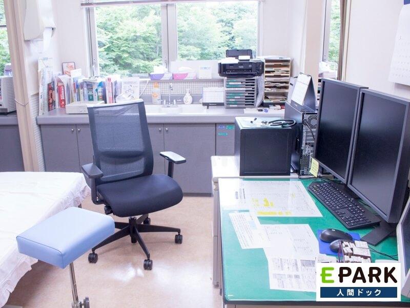 提携先の医療施設の紹介や受診当日の結果説明など受診者への配慮に努めています
