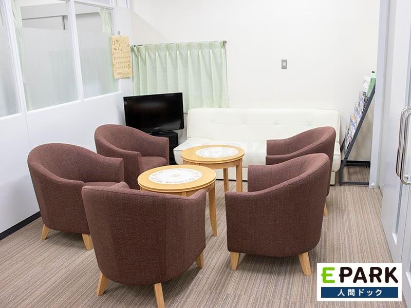 受診者リラックスしてもらうことを目的に院内環境や接遇目の向上に注力