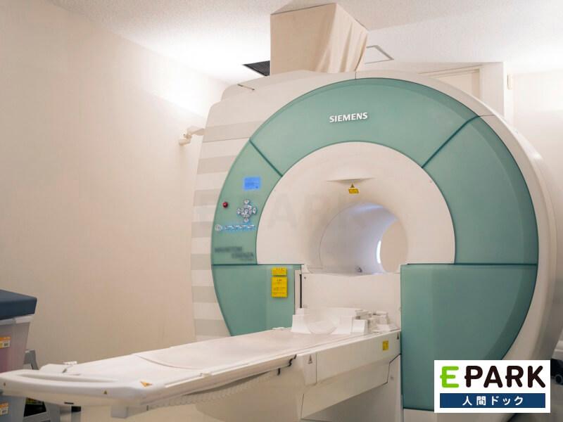 MRI/MRAで脳の検査を行います