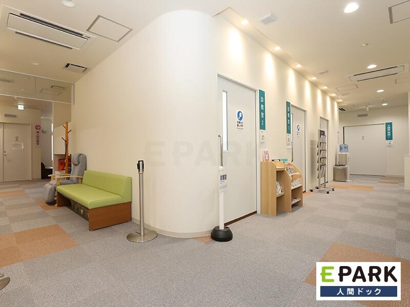 診察室前待合スペースです。